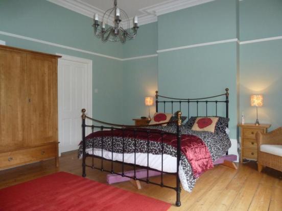 62 Albury Road - Bedroom