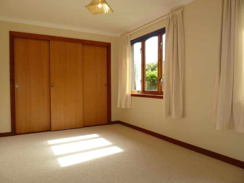 Beechwood House - 2nd Bedroom