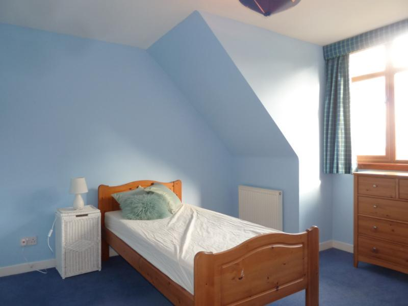 Binghill Farmhouse - 3rd Bedroom