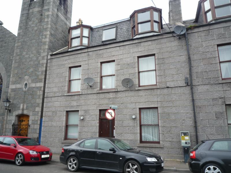 3 Crown Terrace, Flat 3 - Exterior