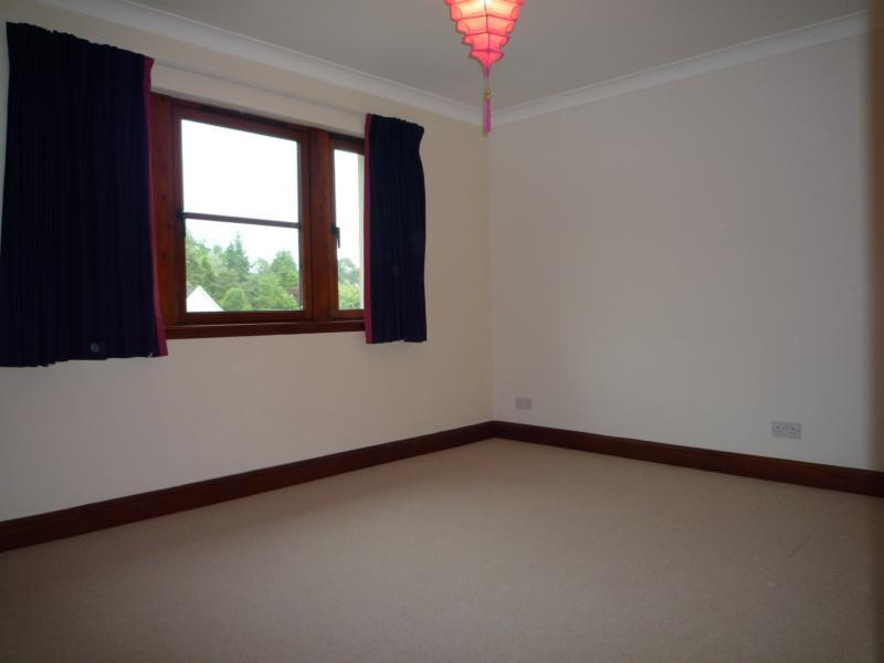 The Beacons, 35 Culter House Road - 3rd Bedroom