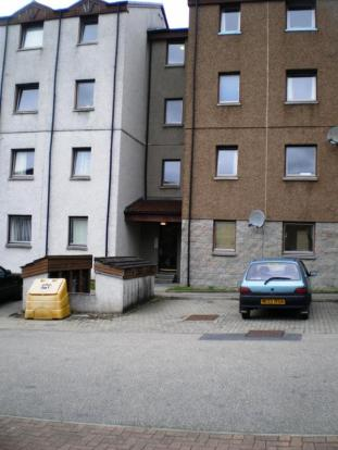 137 Headland Court - Exterior