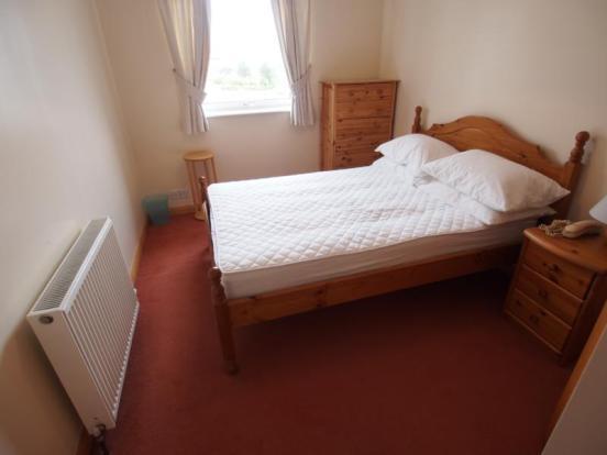 4 Hilton Heights - Bedroom