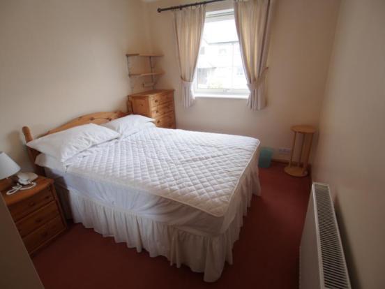 4 Hilton Heights - Bedroom 2