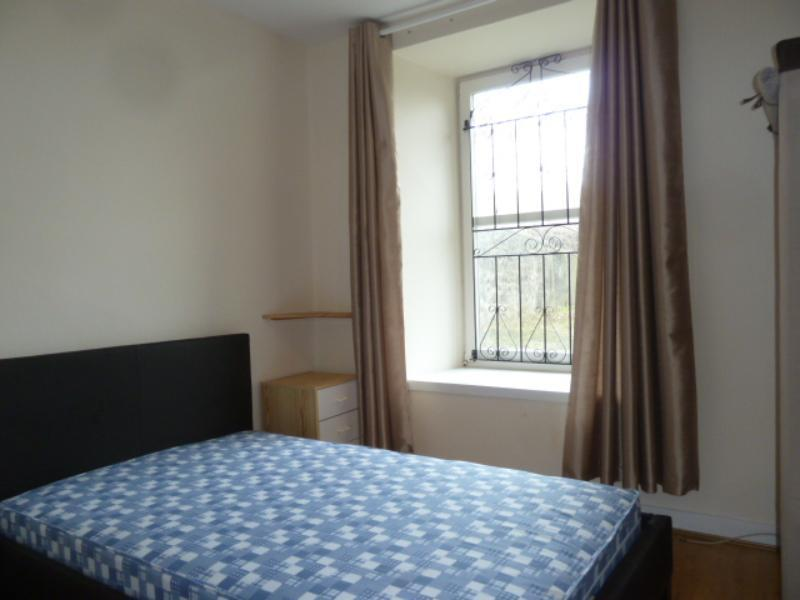 12 Menzies Road - Bedroom 1