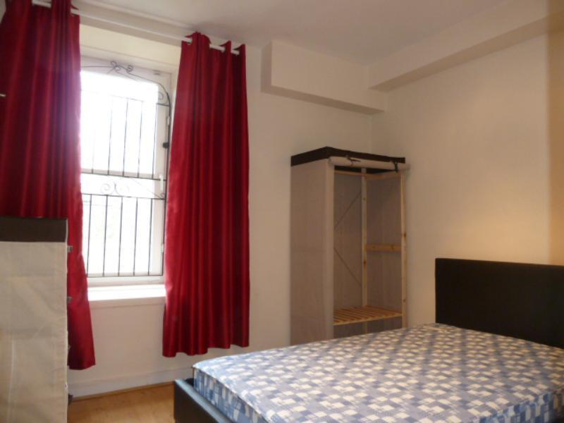 12 Menzies Road - Bedroom 2