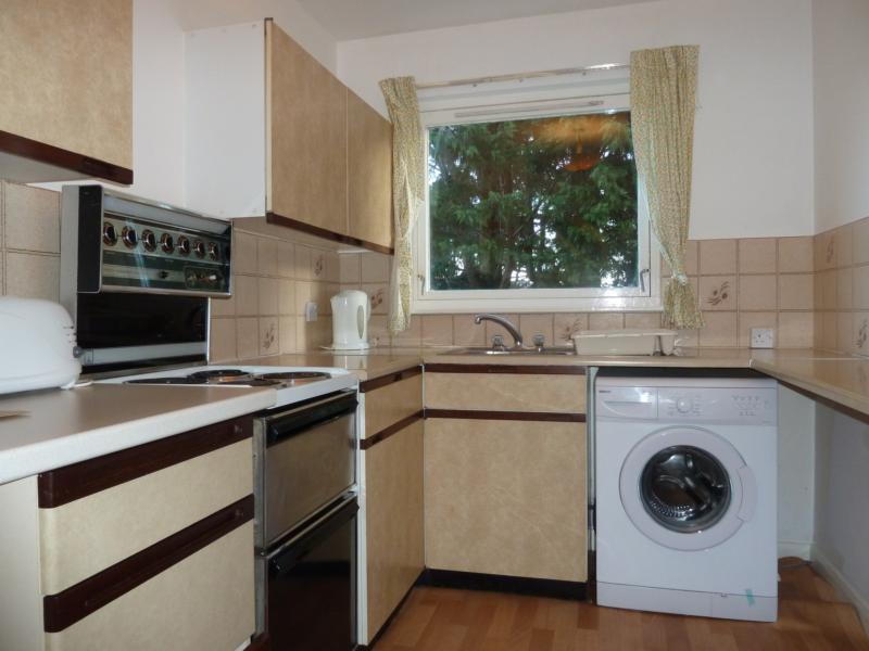 6 Westdyke Avenue - Kitchen
