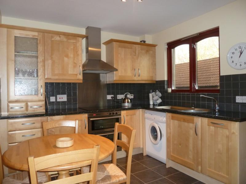 25 Bethlin Mews - Kitchen