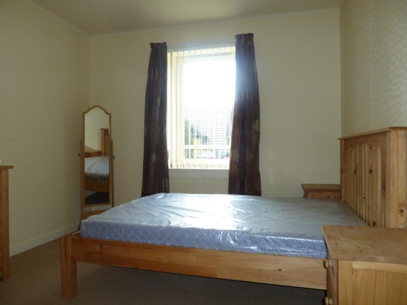 8b Craigton Crescent, Peterculter - Bedroom