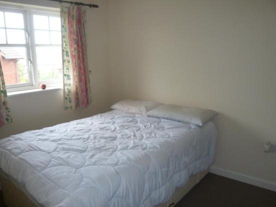 18 Wellside Circle - Bedroom