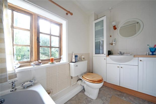06 Bathroom