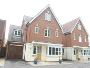 5 bed Detached property in Fenemore Road, Kenley