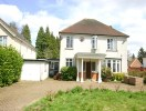 4 bed Detached home in Homefield Road...