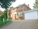 Detached property in Bayards, WARLINGHAM