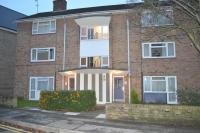 Flat to rent in Baker Street, Chelmsford...