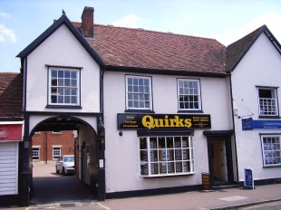 Quirks, Billericaybranch details