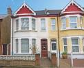 3 bed home in Seward Road, Hanwell