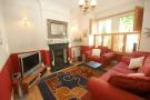3 bed Flat to rent in Windermere Road, Ealing