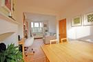 3 bed house in Hessel Road, Northfields...