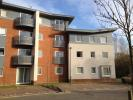 Flat to rent in Coxhill Way, Aylesbury...