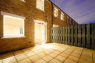 2 bedroom Mews to rent in Hillgate Place...