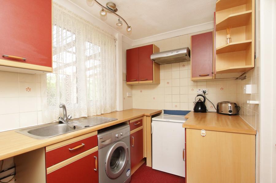 4- Kitchen