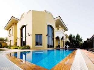 4 bed Villa for sale in Garden Homes...