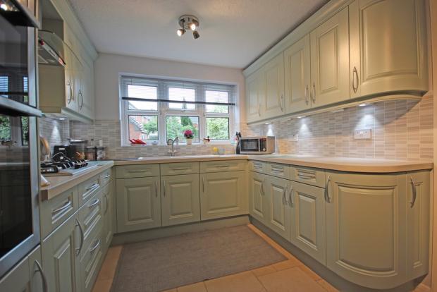 Kitchen (Angle Th...
