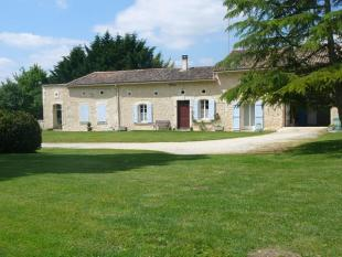 5 bed Detached property in Chevanceaux...