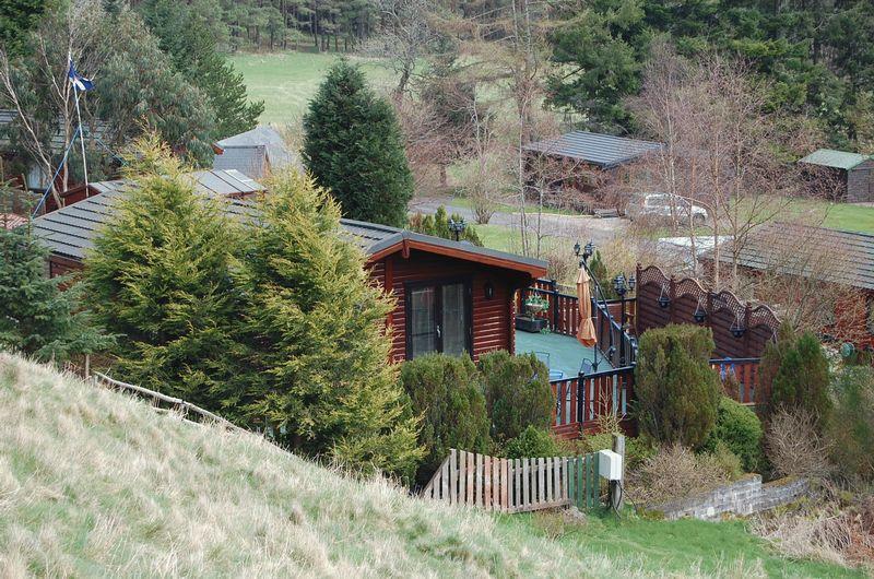 2 Bedroom Log Cabin For Sale In 2 Bedroom Log Cabin