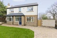 5 bed Detached house in Beech Avenue, Horsforth...