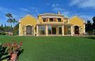 Detached Villa for sale in El Paraiso, Málaga...
