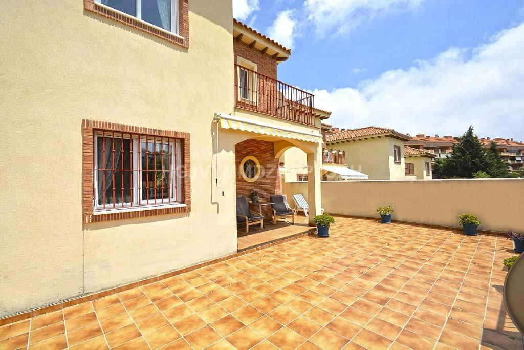 4 bed Detached Villa in Fuengirola, Málaga...