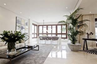 4 bedroom Penthouse in Marbella, Málaga...