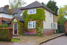 3 bedroom semi detached property to rent in Marshalls Way...