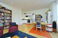 Flat for sale in Battersea Rise...