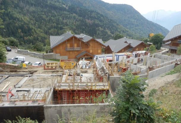 Construction well un