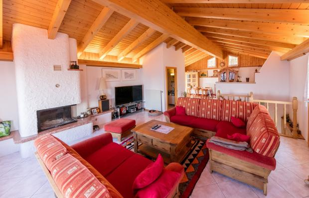 The chalet living ro