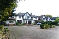 Detached house in Manor Road, Chigwell, IG7