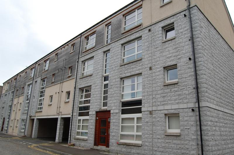 22c James Street - External