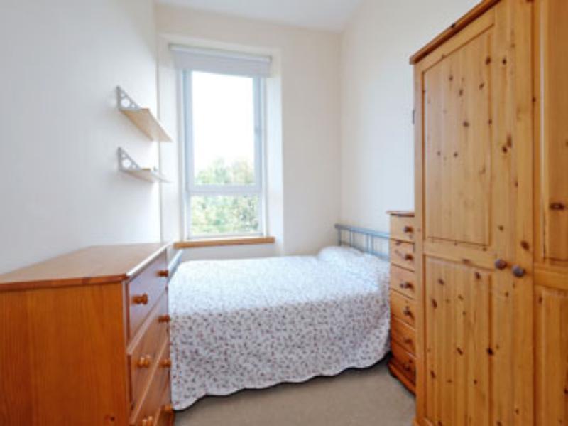 Ferryhill Ter 10a Bed 1 (web)