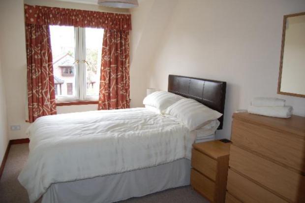 12 MR - Bedroom 2_640x425
