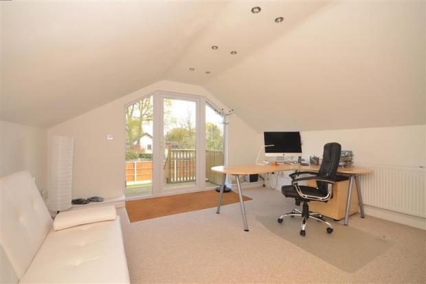 Studio/Bedroom 2
