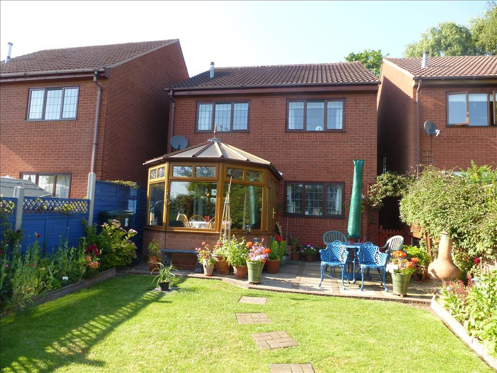 4 bedroom detached house for sale in salters lane tamworth b79