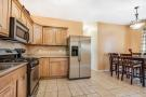Town House for sale in 559 Miller Avenue...
