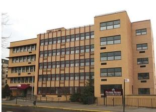 Town House for sale in St. Paul Avenue And...