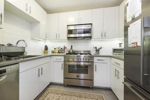2 bedroom Apartment in 330 East 38th Street...