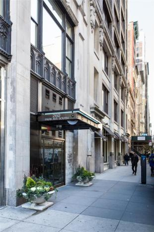 Apartment for sale in 260 Park Avenue South...