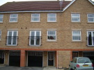 4 bed Town House in Rees Close...