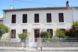 4 bedroom house in AUDE / ESPERAZA